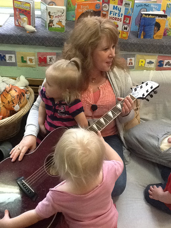 childcare-guitar